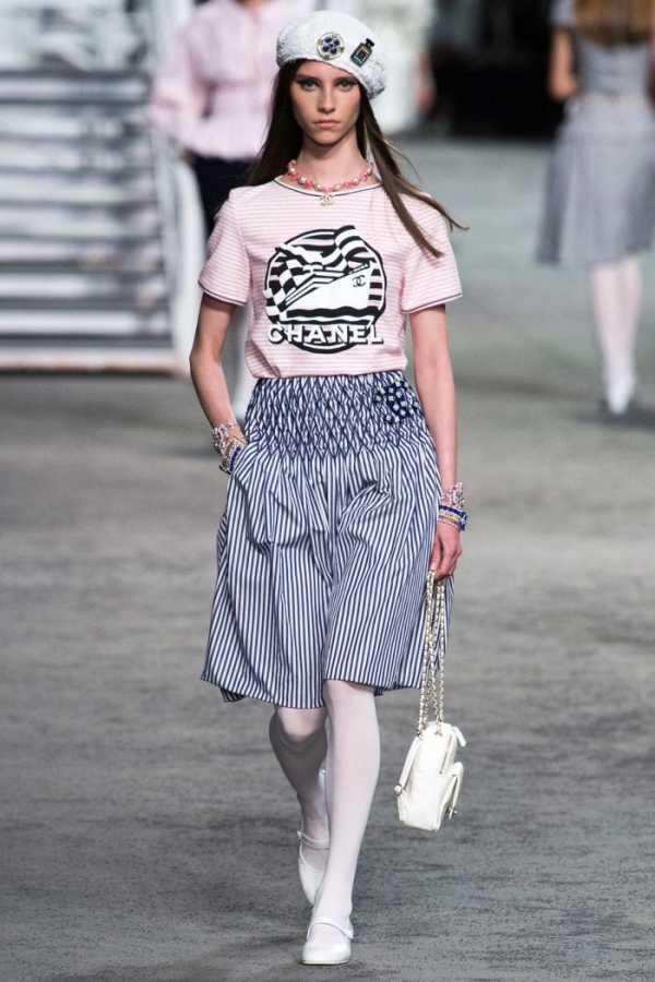 Без ума от цветочного принта: 5 стильных нарядов Анны Винтур